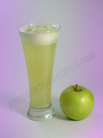 simply green apples cocktail